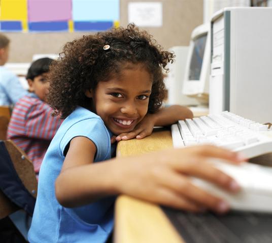 el comienzo de las tecnologias en los colegios