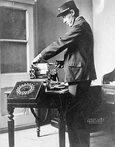 Inventan el Telégrafo