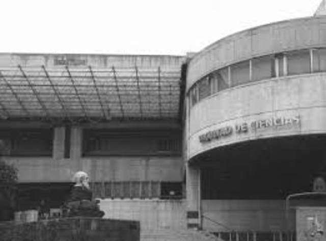 Instalación de computadora en la UNAM