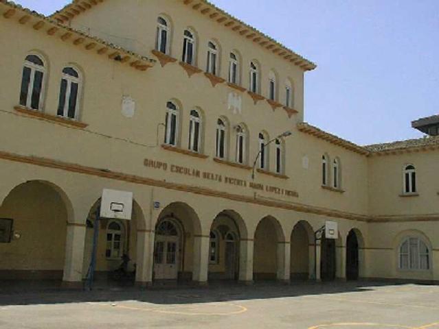 Primera escuela en ofrecer cursos por correspondencia