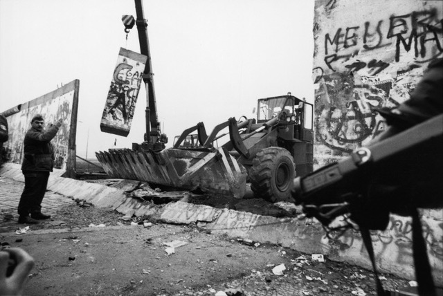 Fin de la Guerre froide : chute du Mur de Berlin