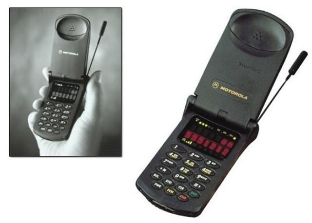En EU, comienza la telefonía celular con tecnología digital.