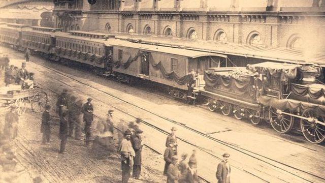 Funeral train departs