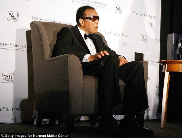 Muhammad Ali is diagonsed with Parkinson disease