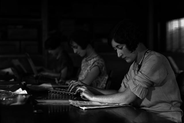 1920 Working Woman