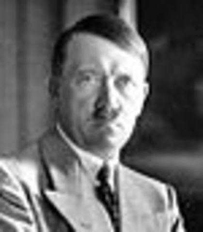 Hitler llega a Canciller Alemán