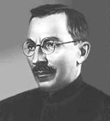 Nace Antón Semionovich Makarenko