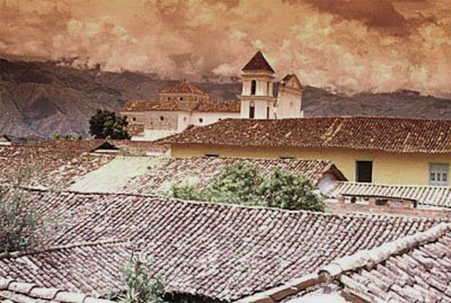 Antioquia declara la independencia absoluta.