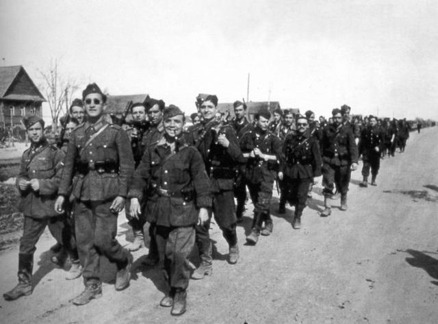 Franco envía a la División Azul a la guerra