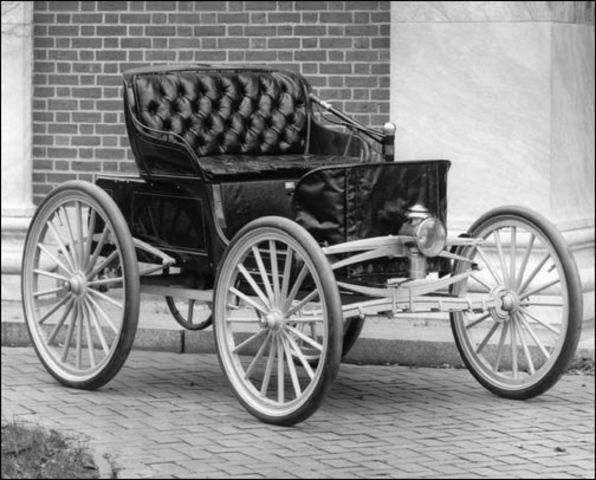 Aparición de los primeros taxis a vapor