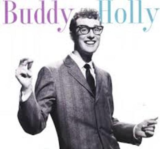 Charles Hardin Holley(BUDDY HOLLY)
