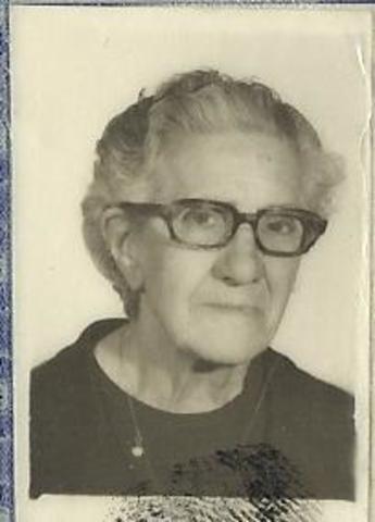 Fallece mi bisabuela, Lolita