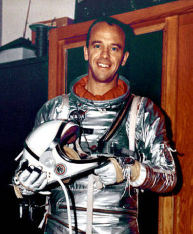 Alan Shepard Enters Space