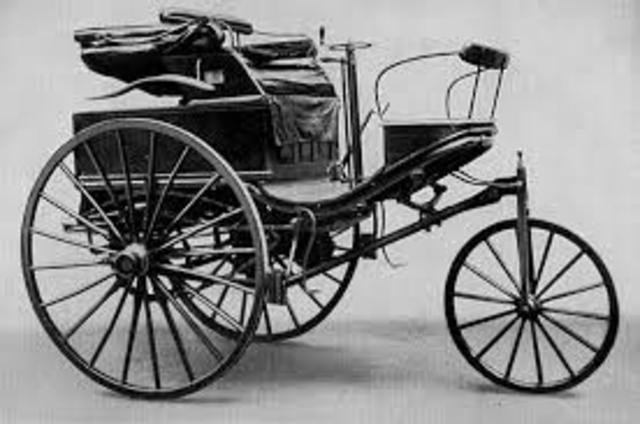 1888  Viaje de Mannheim a Pforzheim en un vehículo Benz de tres ruedas