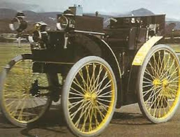 1895 Vehiculo con neumaticos de aire