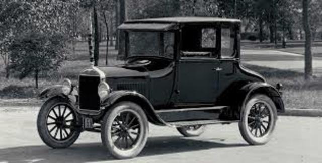 1926 Ford saca un nuevo modelo