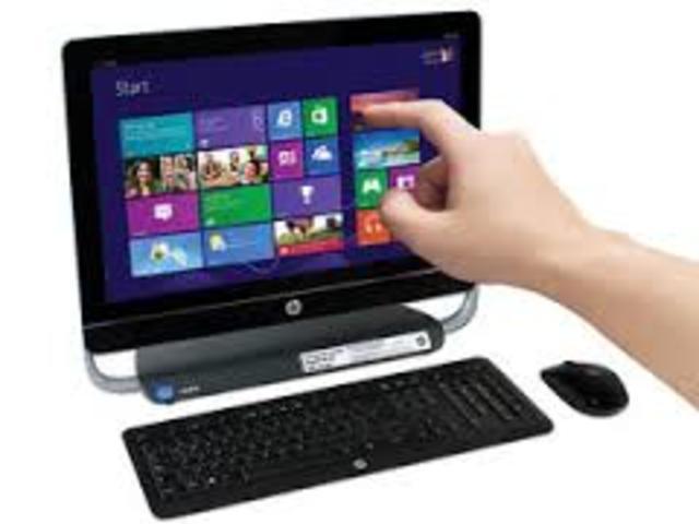 Hasta la generación  actual. Aparecen los microcomputadores y ordenadores personales. Son proyectos de investigación a largo plazo