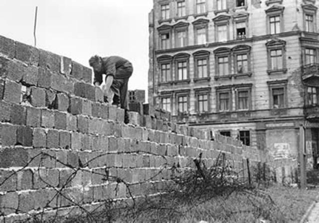 Construcción del muro de Belín