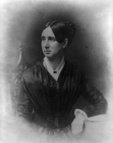 Dorothea Dix crusaded for the establishment or enlargement of 32 mental hospitals