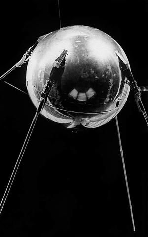 Lanzamiento del satélite Sputnik