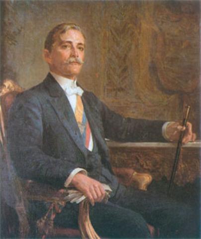 Carlos E. Restrepo Toma La Presidencia
