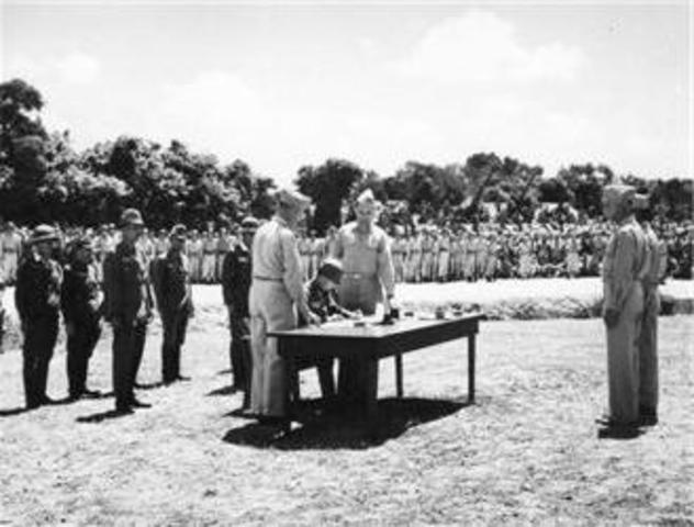 1946 - Провозглашение новой Конституции.