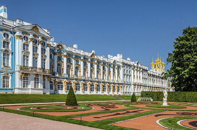 Lundi - Palais Catherine et Château Alexandrovsky