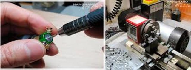 Nanopiezoelectrónica