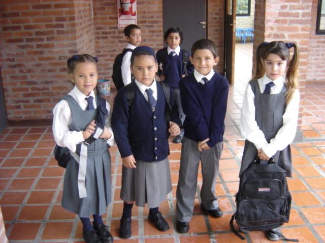 Primer dia de clases en la primaria.