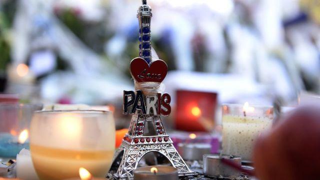 Tres equipos armados de terroristas suicidas de ISIS atacan seis ubicaciones alrededor de París
