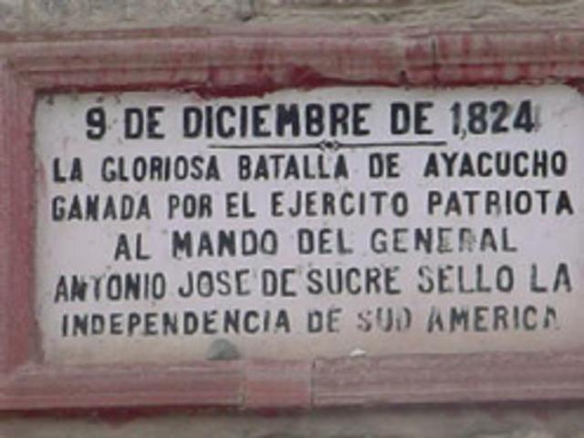 Batalla de Ayacucho sella la independencia de Perú.