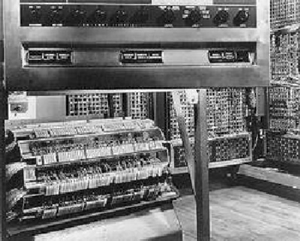 EDVAC (Electronic, Discrete Variable Automatic)