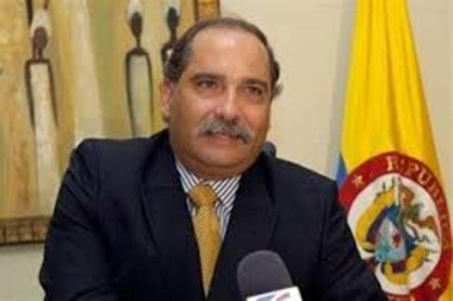 DR. Francisco José Chaux,