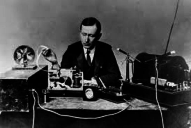 Primera transmisión radiotelefónica de larga distancia