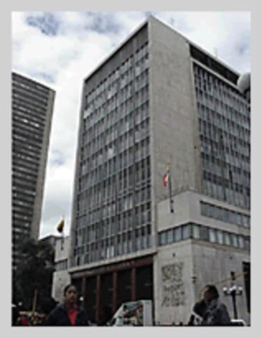 Nace la Banca Central
