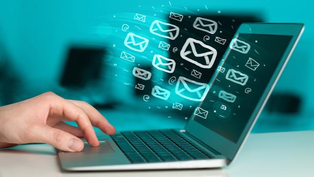 El nacimiento de las redes sociales pasó factura al email