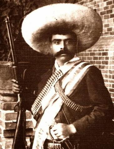 Emiliano Zapata aparece