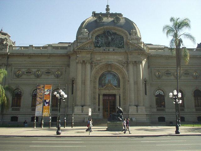 Se inaugura el Museo Nacional de Bellas Artes