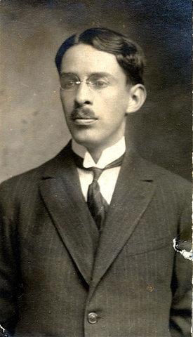 Eduardo Santos Montejo