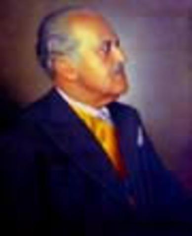 Presidente de la República de Colombia: Guilleromo León Valencia