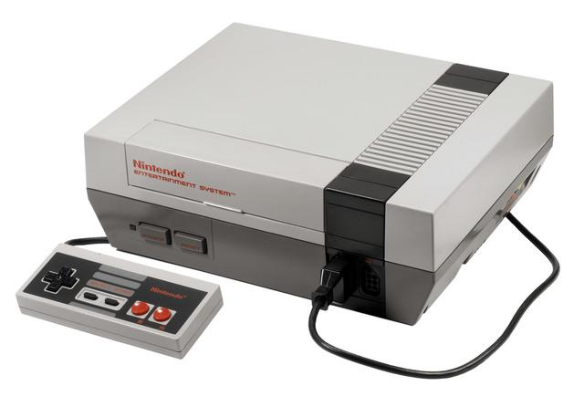 Nintendo Entertainment System (NES)/ Family Computer (Famicom)