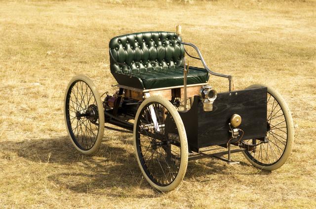 Automovil ,cuadriciclo.1894