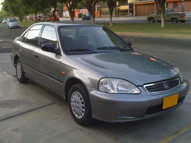 Automovil ,Honda  2000