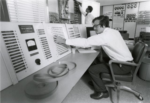 Computador Transistorizado
