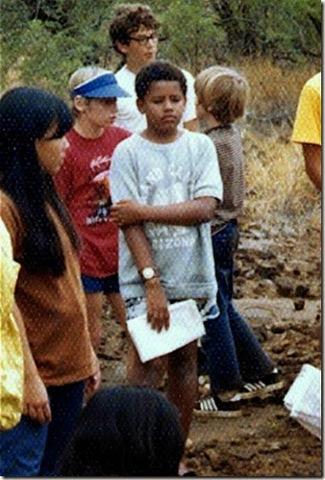 Obama attends school