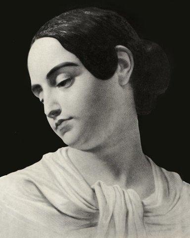Virginia Poe Dies (Social)