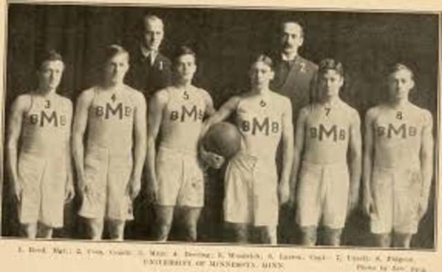 El primer juego de baloncesto oficial