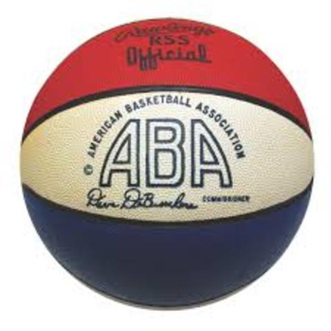 Linea de 3 puntos adoptafa por ABA