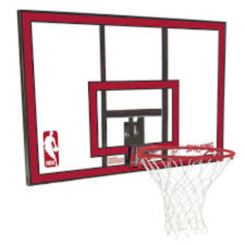 Se hace obligatorio del tablero en todos los campos de baloncesto.