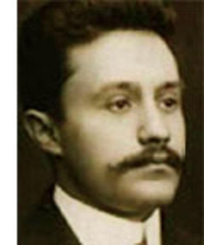 José Vasconcelos es Secretario de Educación Pública